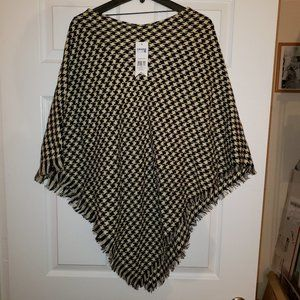 NWT Houndstooth Poncho, One Size - Black & White